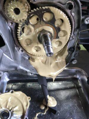 エンジンオイルの交換いつしました?